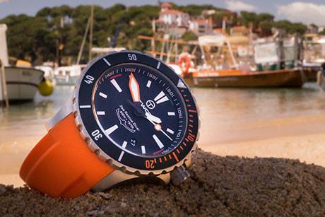 4_twco_sea_rescue_diver_silicon_orange_strap_custom_buckle461x307